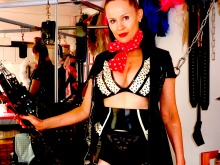Miss Alice Silk London UK BDSM